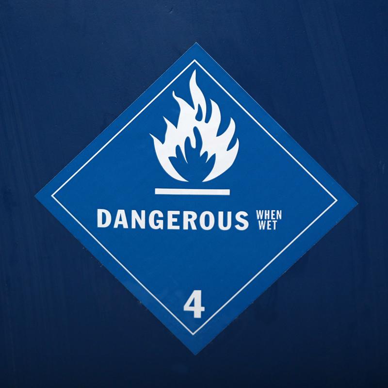 DOT Dangerous When Wet Labels, 500 Labels/Roll, SKU