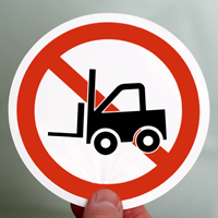 ISO P006 - No Forklifts/Industrial Vehicles Labels